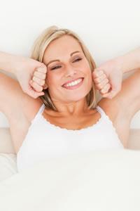 Witalność i poczucie odświeżenia po przebudzeniu się z prawidłowego, regenerującego snu przyniesie Ci korzyść na cały dzień.