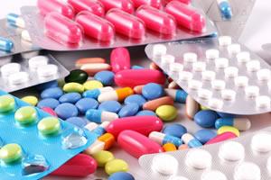Przy tak dużej ilości przyjmowanych leków organizm ludzki musi radzić sobie z wieloma substancjami chemicznymi.